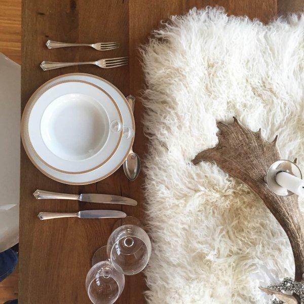 Mongolia Tischläufer auf Tisch