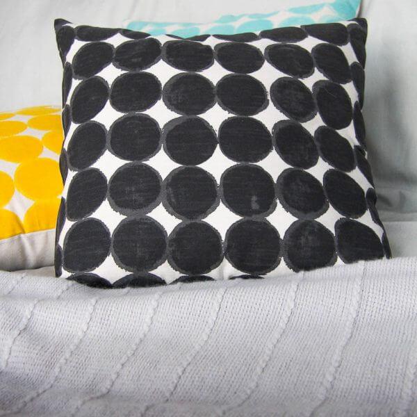 Kissen Kreise schwarz